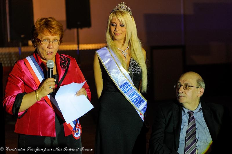 Book Photographe Constantin Sarafian Photographe Reportage Miss Internet France Bourgoin Jallieu