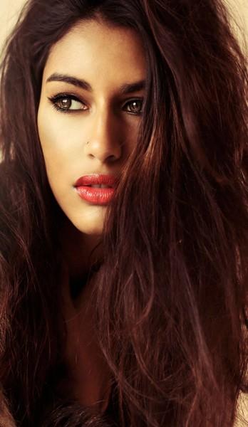 Femme photographe cherche modèles