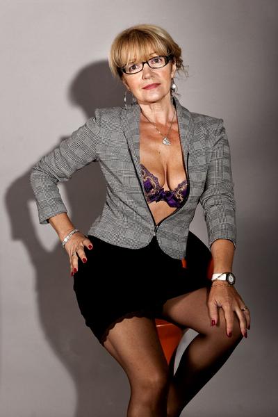 Secretaire Sexy Fransyl Modele Amateur A Saint Maur